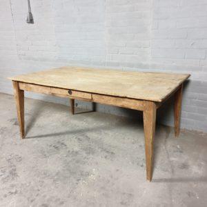 Antiker unbehandelter Tisch - C019