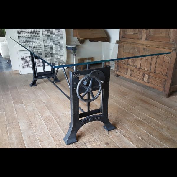 Industrie Design Tisch höhenverstellbar mit Extraklarglas Platte DT12
