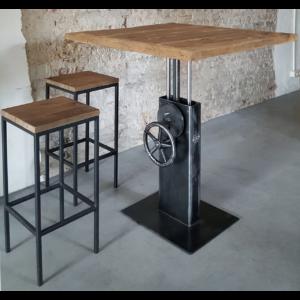 Industrie Design Bistrotisch höhenverstellbar mit Altholz Eiche Tischplatte DT26