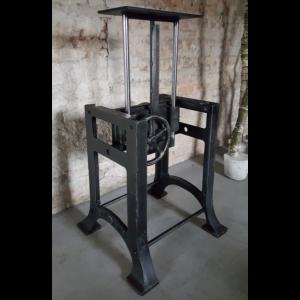 Industrie Design Tischgestell höhenverstellbar DT30-LOS