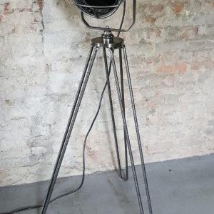 Industrie Design Strahler | Studio-Lampe X19