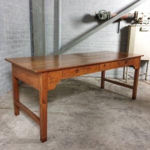 Antiker Tisch - C034