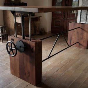 Höhe verstellbare Tisch - Nussbaum - modernes Design