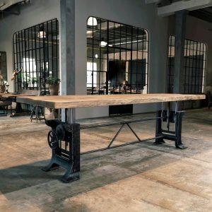 Höhenverstellbarer Industrietisch, Gusseisen Tischgestell - Limited Edition NR-025