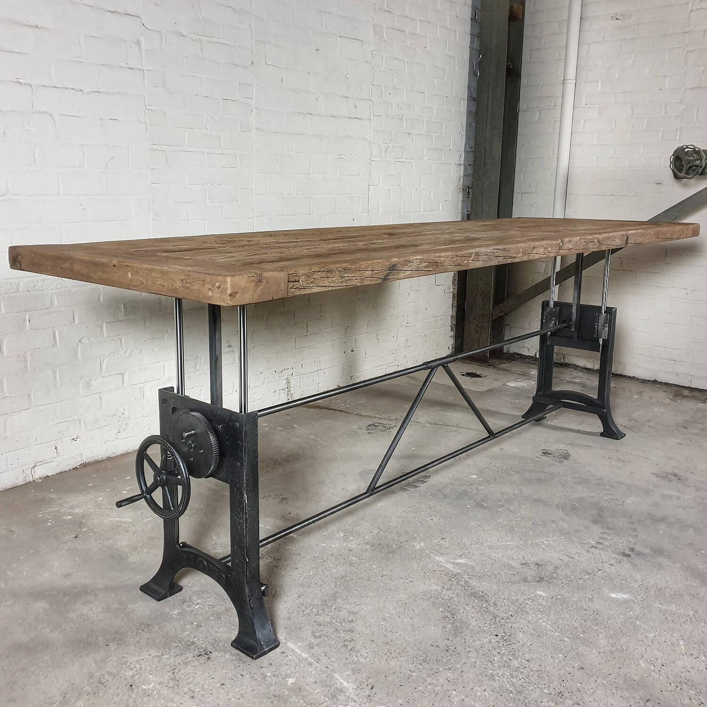 Höhenverstellbare Industrie Tisch 7cm sonnenverbrannte