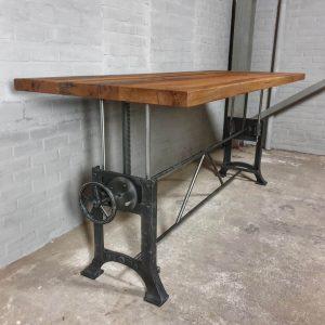 höhenverstellbarer-Esstisch-Stil-Industrie-design-Tischplatte-massiv-altholz-Eiche-ind750