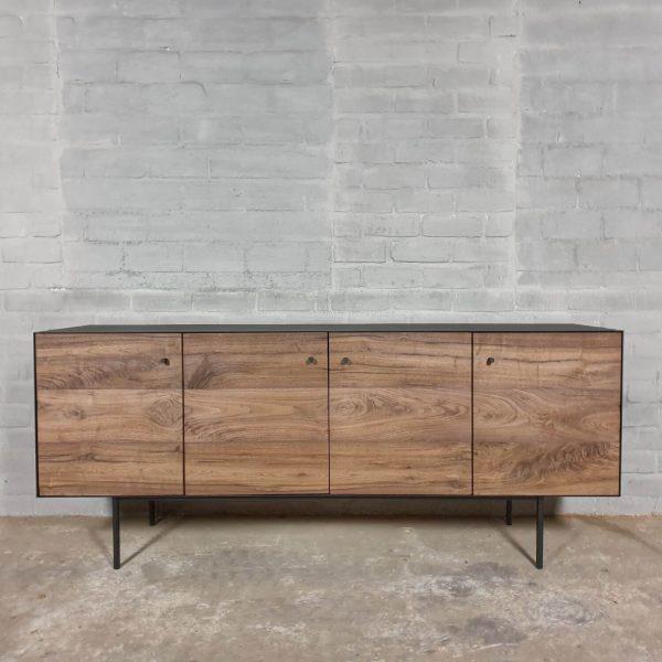 tv-dressoir-modern-sideboard-walnuss-kombiniert-mit-stahl-d006-01